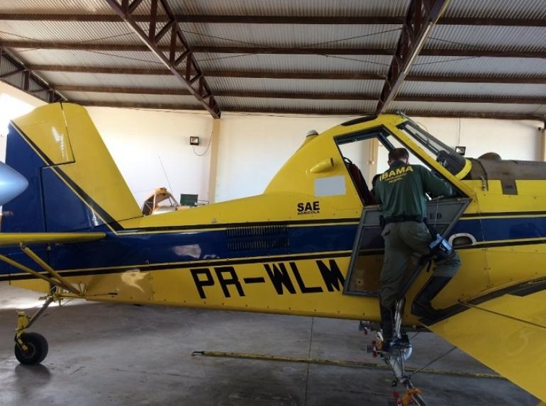 Aviões e arroz com agrotóxicos proibidos são apreendidos