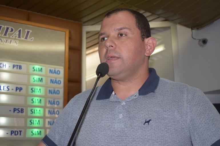 André fala sobre o trabalho de recuperação das estradas no interior
