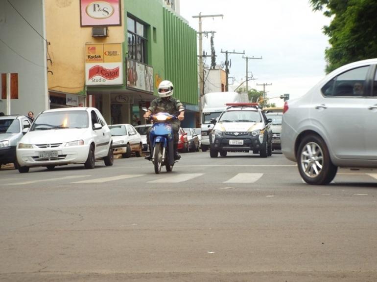 Motoristas que não usam o cinto de segurança estão sendo multados em São Borja