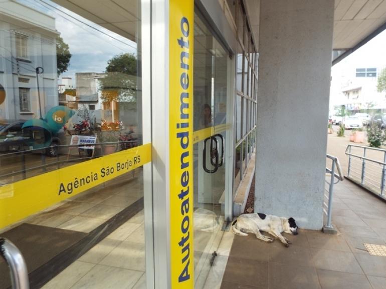 Agências bancárias estão fechadas até quarta-feira