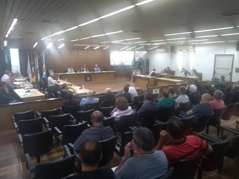Câmara aprova a ampliação do horário do comércio