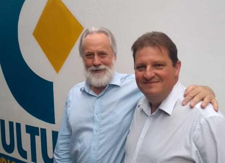 Mano Lima e Rodrigo Bauer galopam sucessos na a�oiteira da Internet
