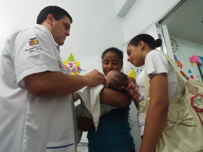 Intensificação da vacina tríplice viral em bebês começa em São Borja