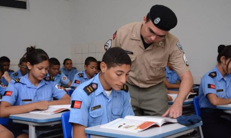 São Borja formaliza para o MEC pedido de escola cívico-militar