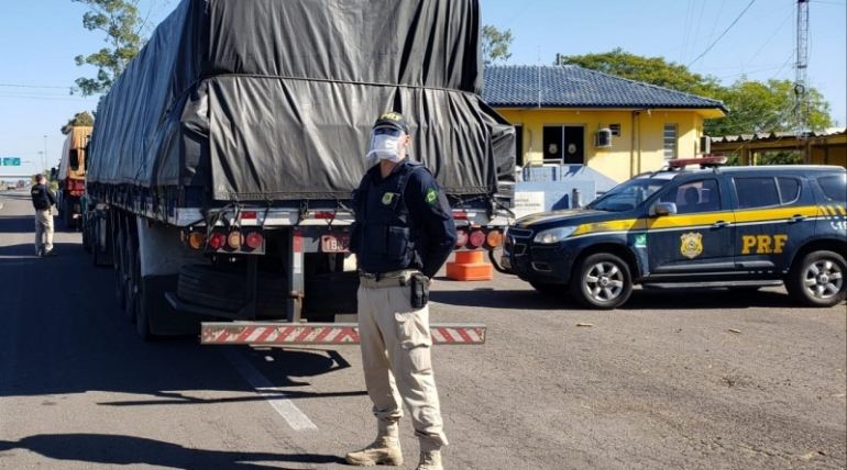 PRF divulga redução de acidentes e aumento de apreensões nas rodovias federais nesse período de pandemia