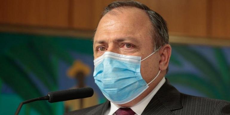 Em janeiro, Brasil terá 15 milhões de doses da vacina de Oxford, diz Pazuello