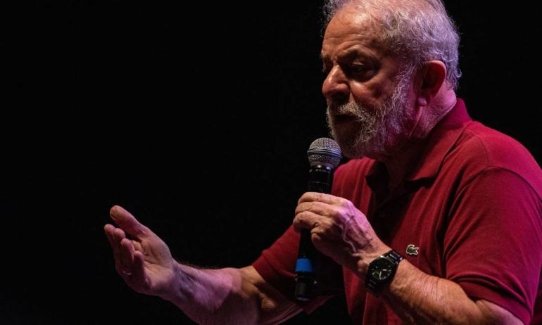 Lula recupera direitos políticos com anulação de condenações