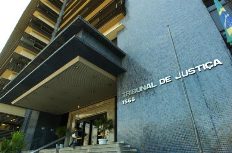 Aulas seguem suspensas no Estado por decisão judicial