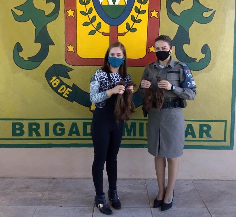 Mais uma doação de cabelos foi realizada à BM de São Borja
