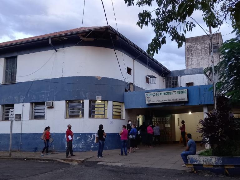 Vacinação para o grupo das comorbidades começa com pouco movimento em São Borja