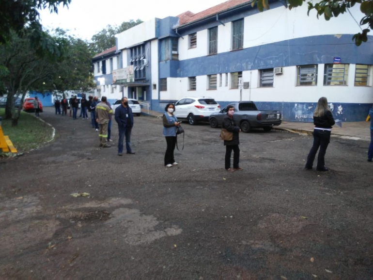 Pessoas de 56 e 57 anos e Militares do Exército podem se vacinar contra Covid-19 em São Borja