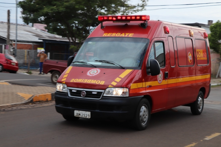 Bombeiros recolhem doações de donativos nas ruas de São Borja nesta sexta-feira
