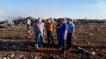 Vereadores visitam lixão municipal