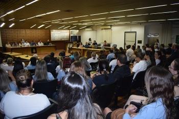 UTI Neonatal é debatida em audiência pública, na Câmara de Vereadores