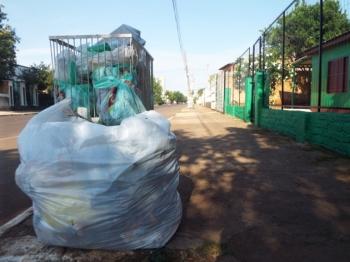 Coleta de lixo continua suspensa alguns dias da semana