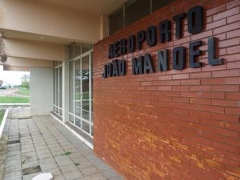 Obras no aeroporto João Manoel foram discutidas em Brasília