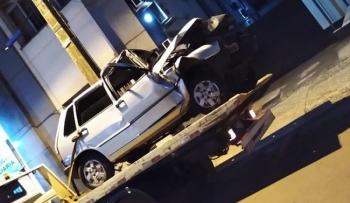 Acidente de carro deixa duas vítimas fatais