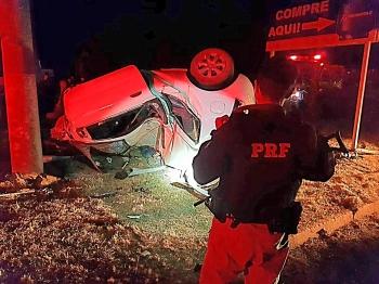 Homem morre após fugir com carro furtado