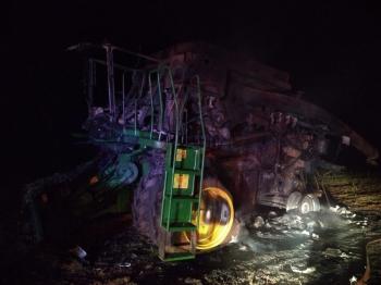 Máquina agrícola pega fogo no interior de São Borja