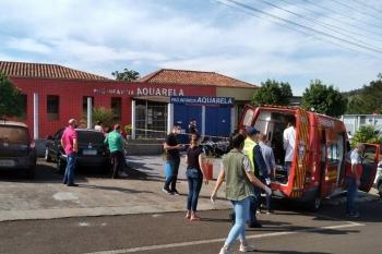 Criminoso invade escola infantil e mata crianças e professora no interior de Santa Catarina